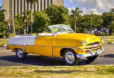 Klassieke auto in Cuba Royalty-vrije Stock Foto's