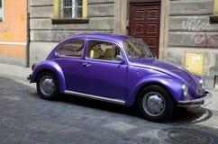 Klassieke auto op de straat Royalty-vrije Stock Afbeelding