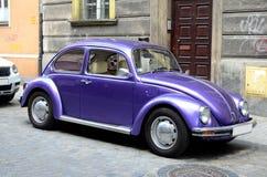 Klassieke auto op de straat Royalty-vrije Stock Fotografie