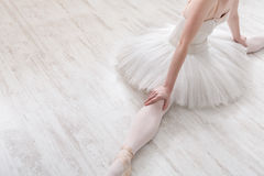 Klassieke Balletdanser in gespleten gewas, hoogste mening Royalty-vrije Stock Foto