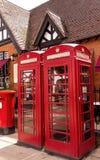 Klassieke Britse rode telefooncel Royalty-vrije Stock Afbeeldingen