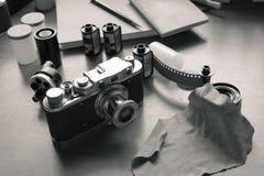 Klassieke camera en films stock foto's
