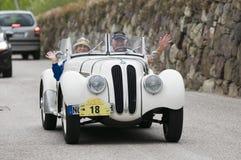 Klassieke cars_BMW 328 Zuid- van Tirol Open tweepersoonsauto Stock Afbeeldingen