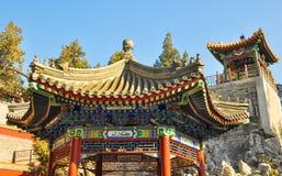 Klassieke Chinese gazebo voor het ontspannen in het park Royalty-vrije Stock Afbeelding