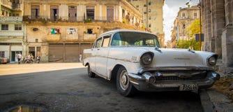 Klassieke Cubaanse auto stock fotografie
