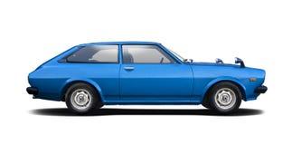 Klassieke die auto Toyota Corolla Liftaback op wit wordt geïsoleerd stock afbeelding