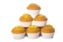 Klassieke die cupcakes of muffins op wit wordt geïsoleerd Royalty-vrije Stock Fotografie