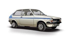 Klassieke die Ford Fiesta-auto op wit wordt geïsoleerd Royalty-vrije Stock Afbeelding