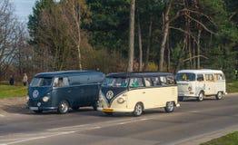 Klassieke Duitse kampeerauto's Volkswagen Stock Afbeelding