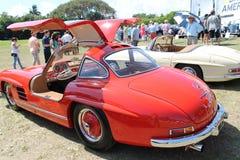 Klassieke Duitse sportwagen en cabine Royalty-vrije Stock Afbeeldingen