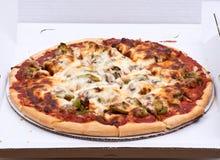 Klassieke dunne de korstpizza van Chicago Stock Afbeelding