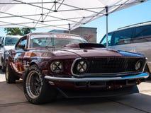 Klassieke Ford Mustang-raceauto Stock Afbeeldingen