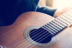 Klassieke gitaar en koorden, professioneel instrument royalty-vrije stock foto