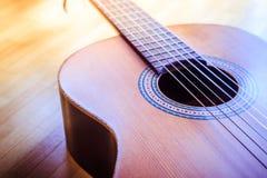 Klassieke gitaar en koorden, professioneel instrument royalty-vrije stock fotografie