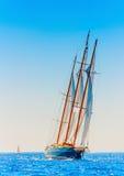 Klassieke houten varende boot Stock Afbeeldingen