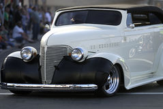 Klassieke Oude Auto: Witte Convertibel Stock Afbeeldingen
