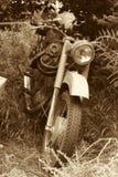 Klassieke oude motorfiets stock foto
