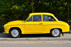 Klassieke Poolse auto Syrena 105 Royalty-vrije Stock Afbeeldingen