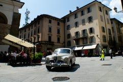 Klassieke sedan in Mille Miglia 2016 Royalty-vrije Stock Foto's