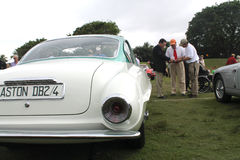 Klassieke sportwagen achtermening en artistieke staartlamp Stock Foto