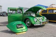 Klassieke Volkswagen Beetle-Auto op vertoning Stock Fotografie