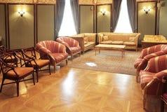 Klassieke woonkamer stock afbeelding