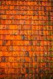 Klassiker verwitterte Dachplatten als Hintergrund Stockfotografie