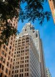 Klassische alte Architektur im Stadtzentrum gelegenes Detroit lizenzfreie stockbilder