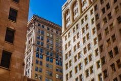 Klassische alte Architektur im Stadtzentrum gelegenes Detroit lizenzfreies stockfoto