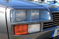 Klassische Autoscheinwerfer des Sports 80s schließen oben Lizenzfreie Stockfotos