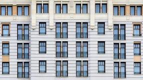 Klassische Fassade der Weinlesearchitektur Lizenzfreies Stockfoto