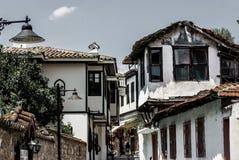 Klassische Osmanehäuser in der alten Stadt Kaleici, Anatalya, die Türkei lizenzfreie stockfotos