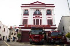 Klassische schöne Bürogebäude-Feuerwache für Reisendkraft Stockbilder