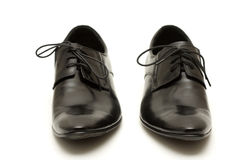 Klassische Schuhe der schwarzen Männer verwirren innen lizenzfreies stockfoto