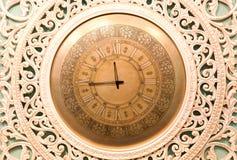 Klassische Uhr mit beweglichem Zeiger Stockfotografie