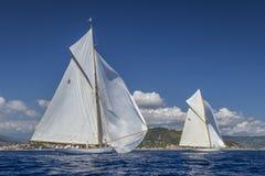 Klassische Yacht-Regatta - Shooner ELENA/Gaff-Schneider MONDSTRAHL IV Stockfotografie