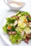 Klassischer Caesar-Salat Stockfoto