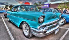 Klassischer fünfziger Jahre Amerikaner Chevy Lizenzfreies Stockbild