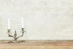 Klassischer Kerzenständer auf die Oberseite Zurück zu Schule Kopieren Sie Platz Educatio Lizenzfreies Stockfoto