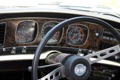 Klassischer Muskelautoinnenraum Stockbild