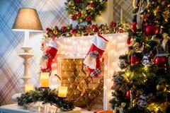 Klassischer weißes Weihnachtsinnenraumhintergrund Lizenzfreie Stockfotografie