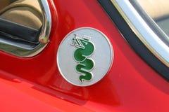 Klassisches Alfa Romeo-Sportauto-Seitendetail Stockbilder