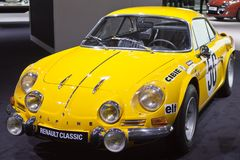Klassisches alpines Renault stockbild
