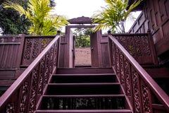 Klassisches altes Haus Thailands Stockfotos