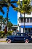 Klassisches amerikanisches Auto auf Südstrand, Miami. Lizenzfreies Stockfoto