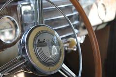 Klassisches amerikanisches Autoinnenraumdetail Stockbilder