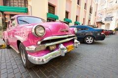 Klassisches Auto vor EL Floridita in Havana Lizenzfreies Stockfoto