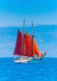 Klassisches hölzernes Segelboot Lizenzfreies Stockfoto