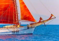 Klassisches hölzernes Segelboot Stockbild