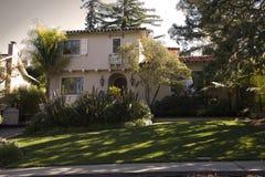 Klassisches Haus auf der Halbinsel des Kalifornien-Südens von San Francisco. Lizenzfreie Stockfotografie